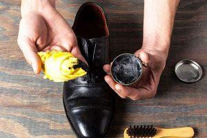 Tips chữa giày da bị bong tróc đơn giản tại nhà