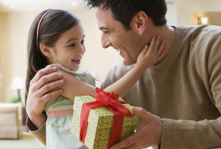 6 gợi ý quà tặng bố thiết thực và ý nghĩa