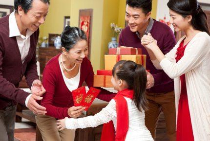 Gợi ý quà tết sang trọng, tinh tế cho sếp, đồng nghiệp và người thân