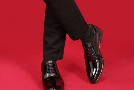 """Hỏi nhanh đáp gọn: """"Giày cao Smartmen có gây đau chân không?"""""""